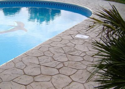 England_Randomstone_pic_pool-decks172